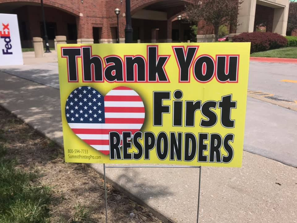 Thank you first responders sign.